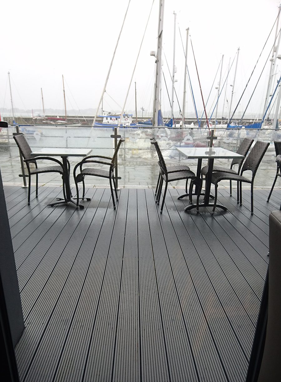 Slip resistant decking balcony