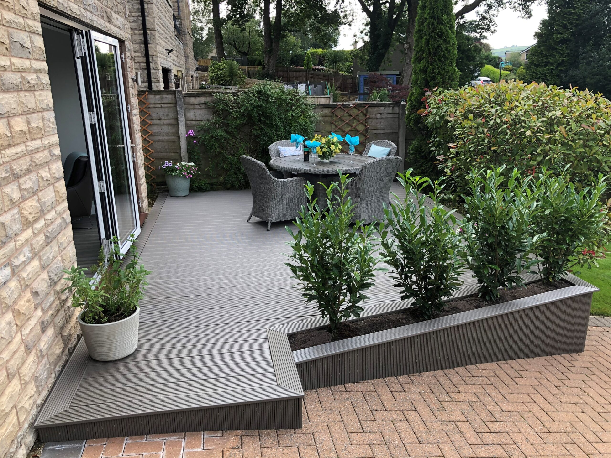 Light grey solid composite decking